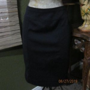 NWOT>ELLEN TRACY BLACK SKIRT!